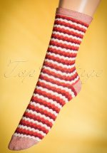 60s Wave Socks in Red and Cream