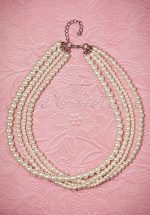 50s Scarlett Glamorous Pearl Necklace