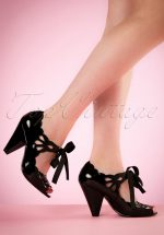 40s Helen lacquer Pumps in Black