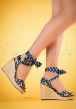 50s Poppie Heart Wedge Sandals in Blue