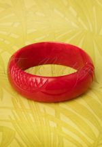 TopVintage Exclusive ~ 20s Delia Carved Bangle in Wine