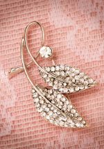 40s Lily Diamond Leaves Brooch in Silver
